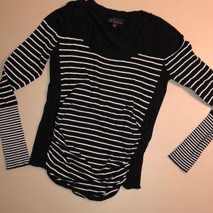 Black and white stripe long sleeve shirt
